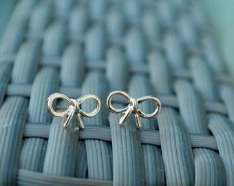 Gold Bow Earrings, bow earrings, simple bow earrings, rose gold bow earrings, silver bow earrings, minimalist earrings, bow stud earrings