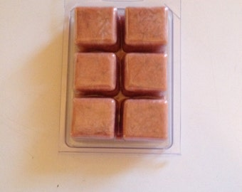 Clamshell of 6 scented wax melts
