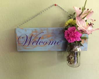 Welcome flower holder