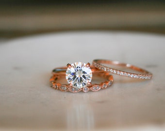 Round Moissanite Solitaire Engagement Ring Set, Rose Gold Ring, Wedding Ring, Engagement Ring, Moissanite, Forever Brilliant