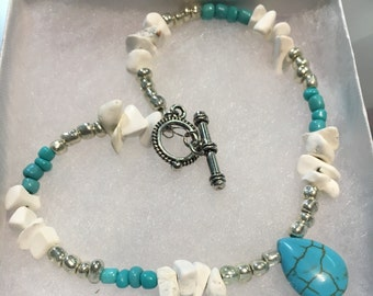 Turquoise and white anklet