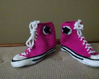 Customizable Sneaker Slippers, Chuck Taylor inspired, made to order crochet