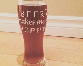 "Decal ""Beer makes me hoppy"" for beer glasses"