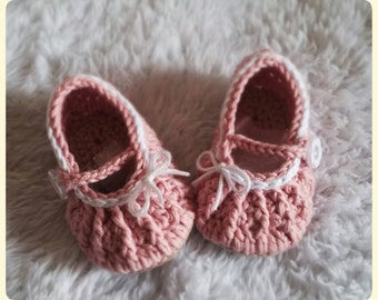 Scarpine bimba a uncinetto rosa antico - Baby girl crochet shoes