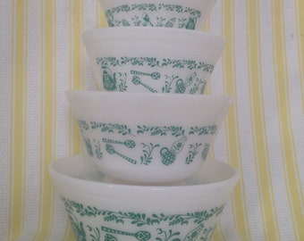 "Vintage Federal Glass Nesting Mixing Bowls - Set of 4 - ""Antique"" or ""Ustensil"" Pattern"