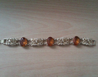gold coloured Sarah Cov bracelet