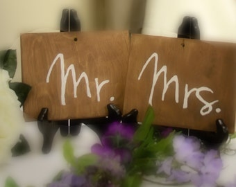 Mr and Mrs signs, sweetheart table decor, wood sign