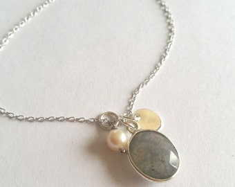 Little stone - Labradorite necklace, Pearl water soft and Silver 925