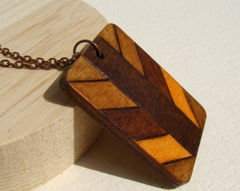 wooden necklace, wooden pendant, woodburned necklace, woodburned pendant, natural necklace, natural pendant, pyrography pendant