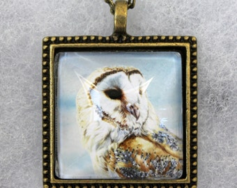 Barn Owl on Post pendant