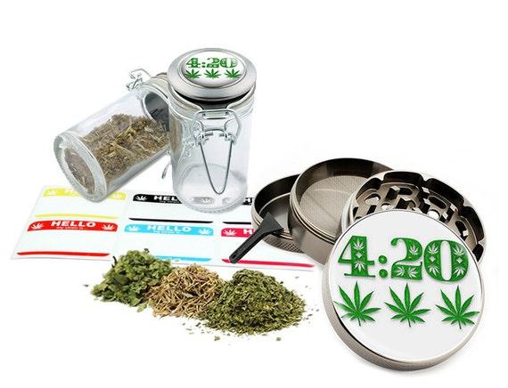 """Leaf Design - 2.5"""" Zinc Alloy Grinder & 75ml Locking Top Glass Jar Combo Gift Set Item # G022115-073"""
