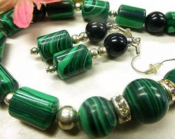 Emerald Green Malachite set with Onyx