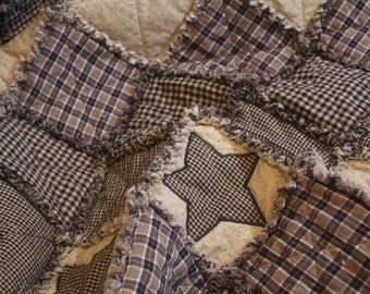 Rag Quilt, Queen Full Quilt, Rustic Quilt, Quilt, Appliqué Quilt, Primitive Quilt, Cabin quilt, Country Quilt, Homespun quilt