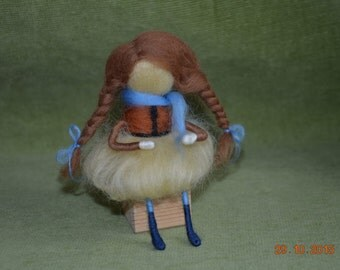 Waldorf inspired Wool Fairy, needle felted - Young Autumn fairy