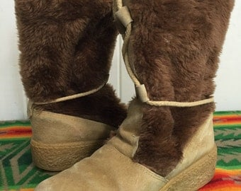 70's vintage fur suede boots eskimo winter boots sherpa lined lace up size 8