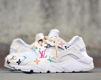 Customised Louis Vuitton inspired Nike Huarache customs.