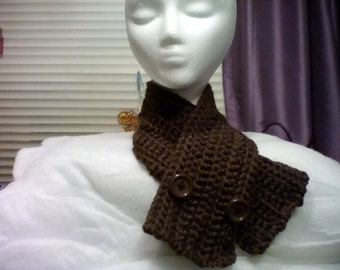 Brown Cowl with Two Brown Buttons (29in. x 4in.)
