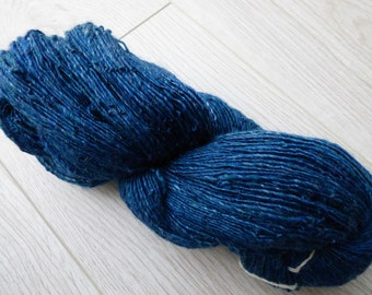 Handspun yarn merino & tussah silk blend - 105 grams - Deep petrol blue mix
