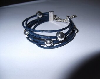 Navy waxed cotton bracelet