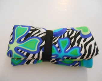 Blue Flower Pipe Pouch