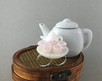 Tea Party pastel ring