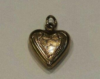 Vintage 10K Yellow Gold Heart Charm Pendant