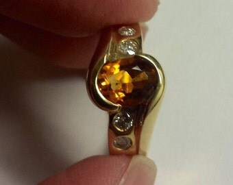 14K Yellow Gold Ring With Yellow Citrine and Diamonds, Size 7.5