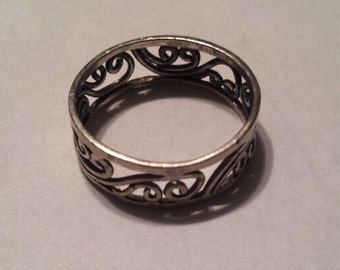Sterling Silver .925 Ring Band With Intricate Scroll Work, Size 11
