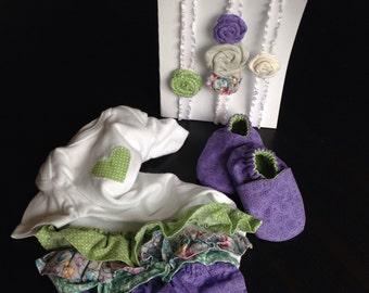Baby girl gift set. Ruffle onesie, crib shoes, rosette headbands.