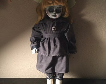 Ambre creepy gothic goth little girl porcelain horror doll