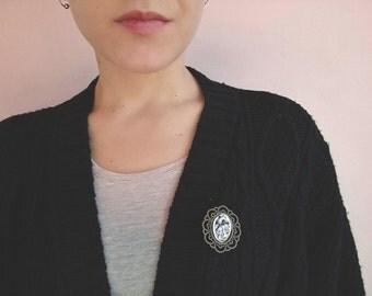 Heart pin brooch