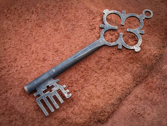 Https Www Etsy Com Listing 384518936 Hand Forged Iron Key Home Decor Antique