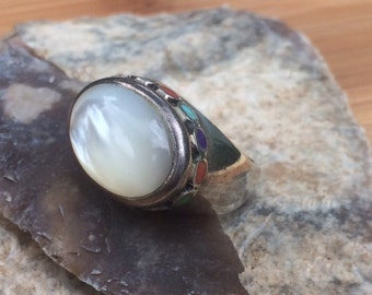 MOP ring vintage ring multi stone ring size 6 ring mother of pearl ring