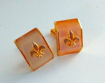 Mother of pearl earrings, vintage clip earrings, vintage earrings, Fleur De Lis earrings, wedding earrings, Bride, bridal, wedding jewelry