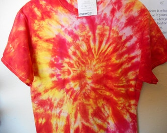 100% cotton Tie Dye T-shirt MMMD9 size Medium