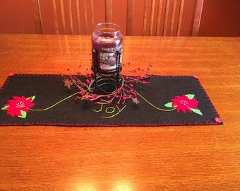 Primitive Poinsettia Table Runner