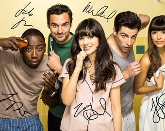 New girl cast x5 signed photo print - 12x8 inch - high quality - Zooey Deschanel