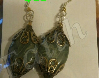 New Handmade Earrings Alligator Bead