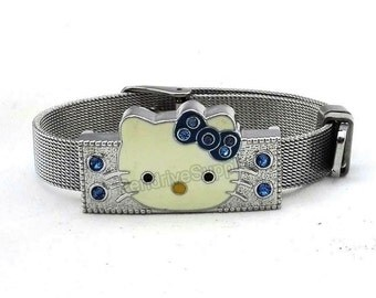 Hello Kitty (8GB USB Flash Memory Drive) Bracelet