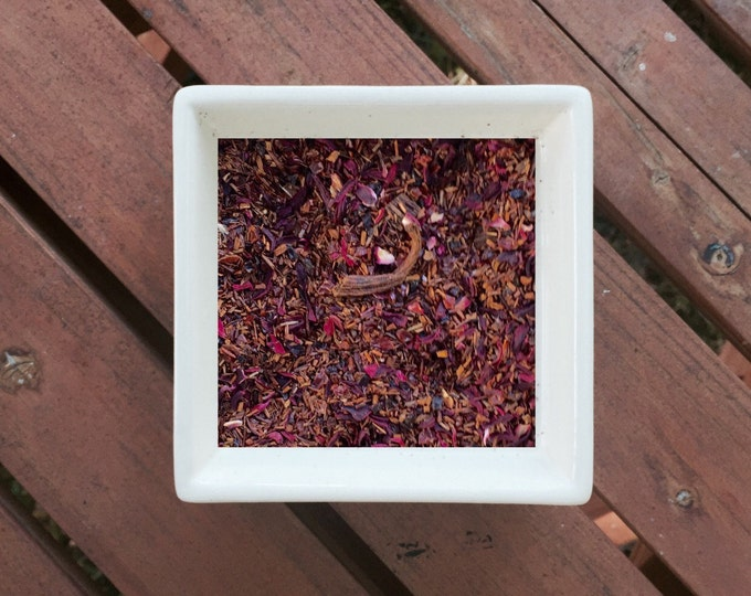 Featured listing image: Sabrina - Audrey Hepburn, Vanilla Roobios, Hibiscus, Rosehips, Vanilla Tea, Organic Roobios Tea, Herbal Tea, Organic Loose Leaf Tea, Vegan