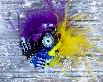 minion inspired hair bow