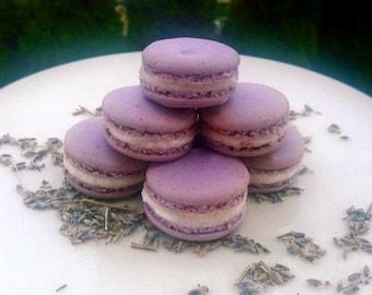 Customizable French Macaron Order (a dozen)