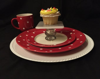 "Festive Fused Glass Individual Cupcake/Pie Stands - 4"" square each"