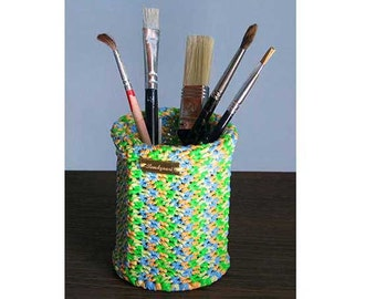 Multicolored pencil pot