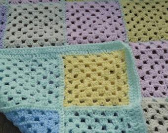 Crochet wool Baby blanket. Multicoloured.