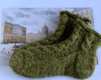Women Wool socks Cable socks hand knit socks 100% wool Icelandic wool Lopi wool Home slippers Wool slippers