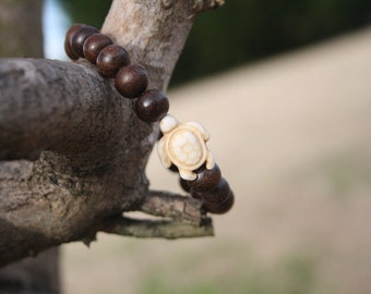 wood bead and turtle wire bracelet