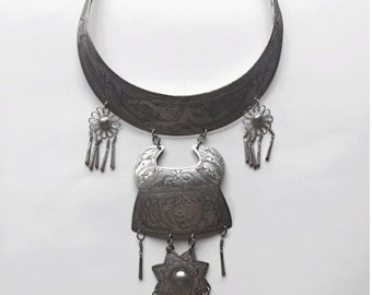 high grade silver handmade necklace from Thailand