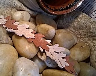 oak leaf bracelet, Leaf leather cuff bracelet for women, brown leather cuff, acorn jewelry