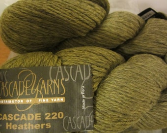 Cascade 220 Heathers in Forest Green